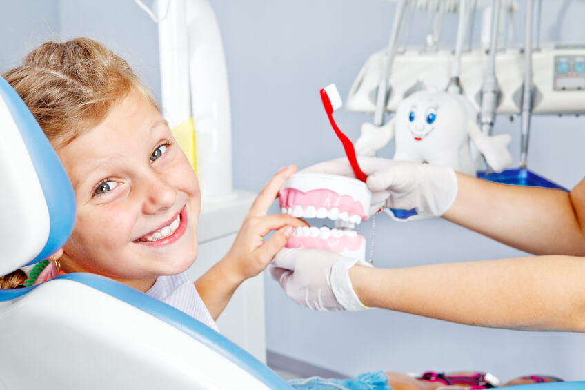 child-dentistry-pediatric-dental-visit